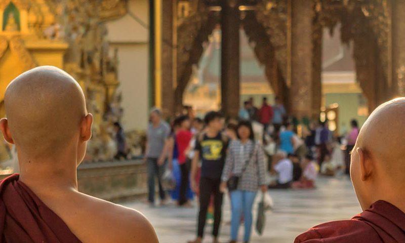 monaci birmani