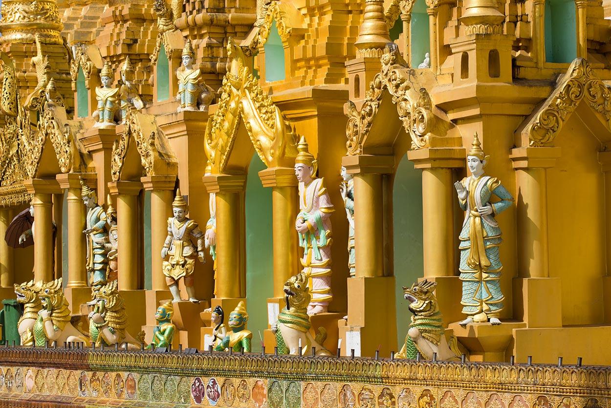 fronte tempio birmano